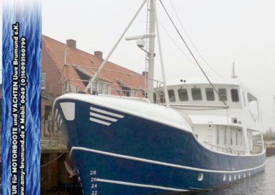 01_Explorer-Stahl_Motoryacht-WP180227-01.07